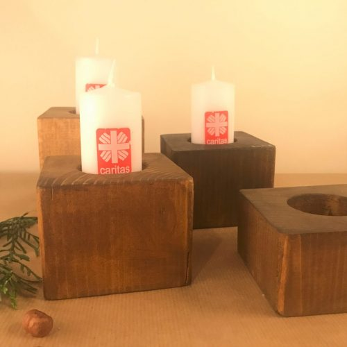 Laikinųjų namų dirbiniai - žvakidės